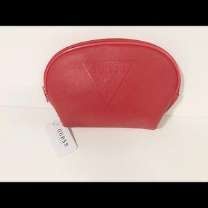 🌸New🌸Guess zip closure cosmetic bag